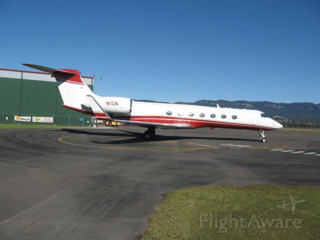 Gulfstream Aerospace Gulfstream V (N1GN) - Greg  Normans private jet at  Illawarra Airport June 2007