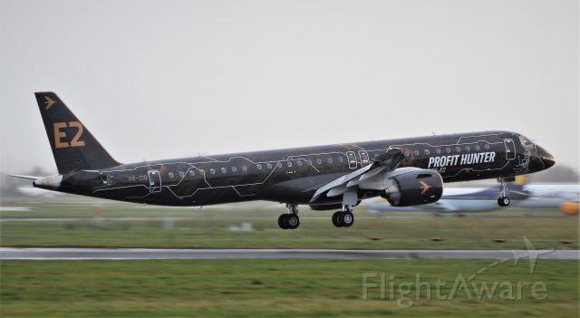 Embraer ERJ-190 (PR-ZIQ) - profit hunter erj-195-e2 pr-ziq returning to shannon after a demo flight 6/11/19.