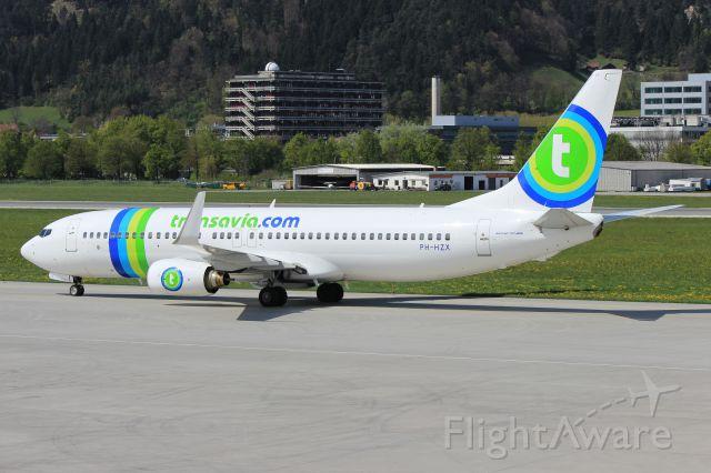 Boeing 737-800 (PH-HZX)