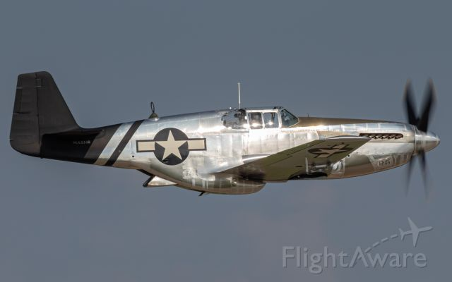 """North American P-51 Mustang (N6555B) - """"Lope's Hope"""" P-51C giving a demonstration at EAA Airventure 2019."""