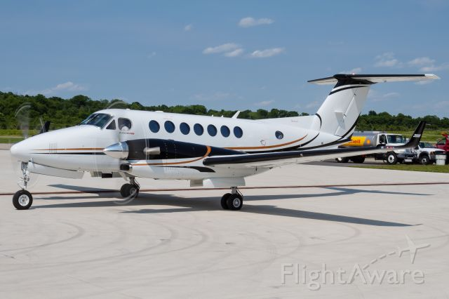 Beechcraft Super King Air 300 (N86VP) - A Super King Air 350 starting its engines as it begins its next journey.