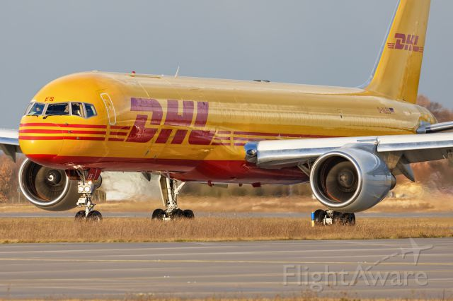 Boeing 757-200 (D-ALES)