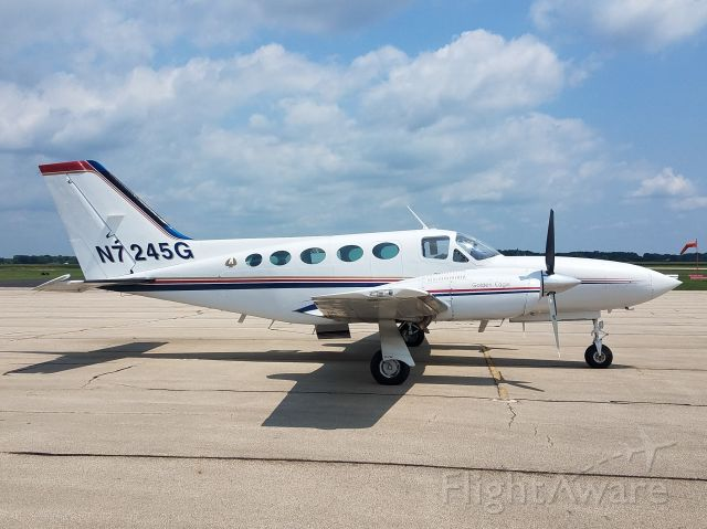 Cessna 421 (N7245G) - Whiteside County Airport 31 July 21br /This private Cessna 421C stopped for a couple hours today.br /Gary C Orlando Photo