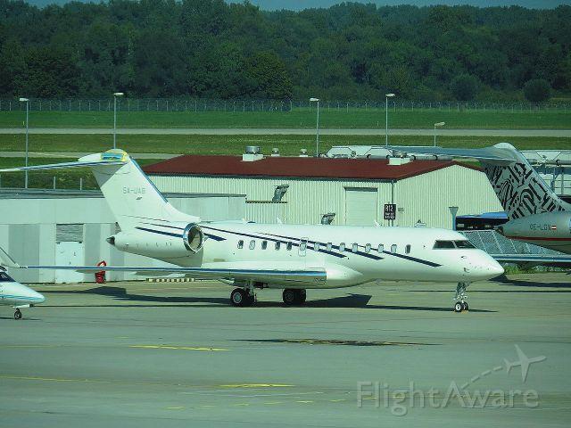Bombardier Global 5000 (5A-UAB)