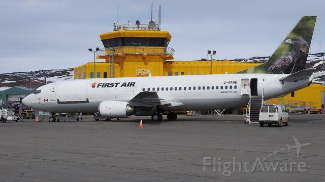 BOEING 737-400 (C-FFNE)