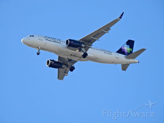 Airbus A320 (N525VL)