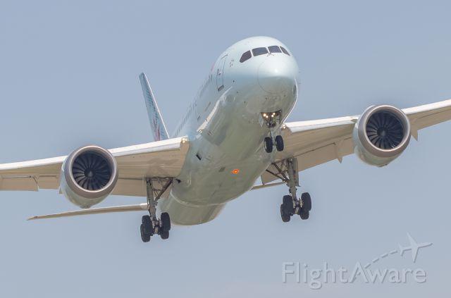Boeing 787-8 — - Short final Rwy 24R