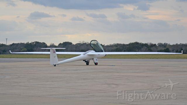 STEMME TG-11 (N137VT) - Stemme S-10 Glide ratio of 50-1. Cockpit holds 2, side by side