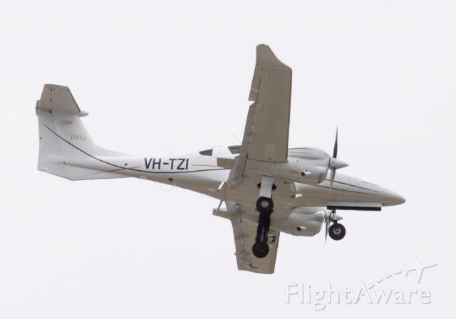 Diamond DA-62 (VH-TZI) - Missed approach RWY 01R