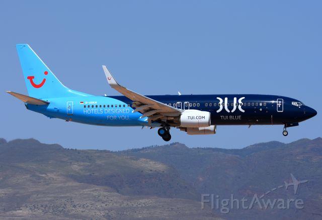 Boeing 737-800 (D-ABKM)