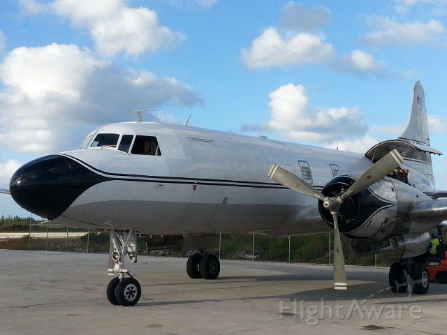CONVAIR CV-340 Convairliner (N145GT) - Convair 340 being off loaded in Nassau.