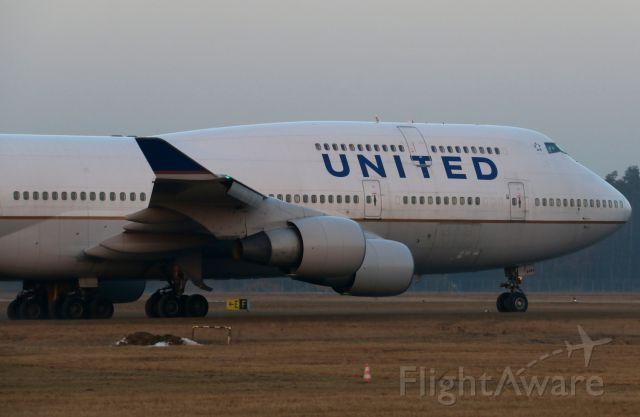 Boeing 747-400 (N181UA)