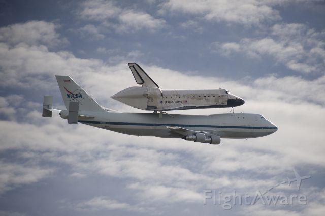 BOEING 747-100 (N905NA) - N905NA  Boeing 747-123  NASA  Space Shuttle Discovery  Washington, DC