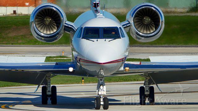 Gulfstream Aerospace Gulfstream IV (N491EC) - Exiting 4 after arrival.