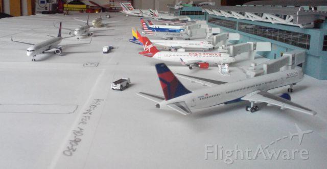 BOEING 757-300 (N591NW) - Here