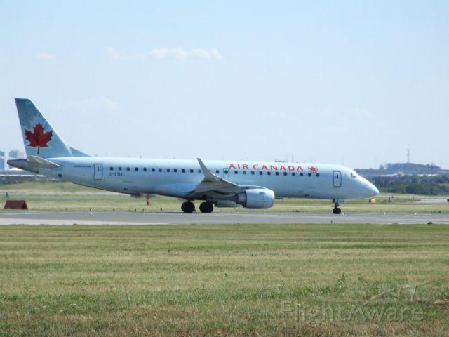 Embraer ERJ-190 (C-FNAI) - Heading to Victoria BC (CYYJ)