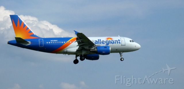 Airbus A319 (N319NV) - On final is this 2005 allegiant Airbus 319-111 in the Summer of 2021.