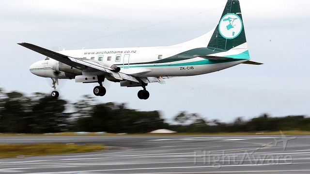 CONVAIR CV-580 (ZK-CIB) - The second flight into Kerikeri carrying freight. ZK-CIB was in Kerikeri earlier in the morning before flying to Napier and returning in the evening. Photo is a still from video I shot from the outdoor public viewing area at KKE.