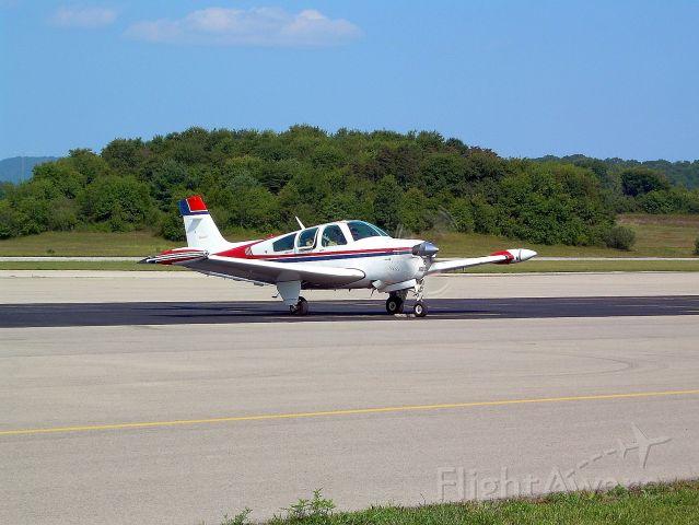 Beechcraft Bonanza (33) (N72JK)