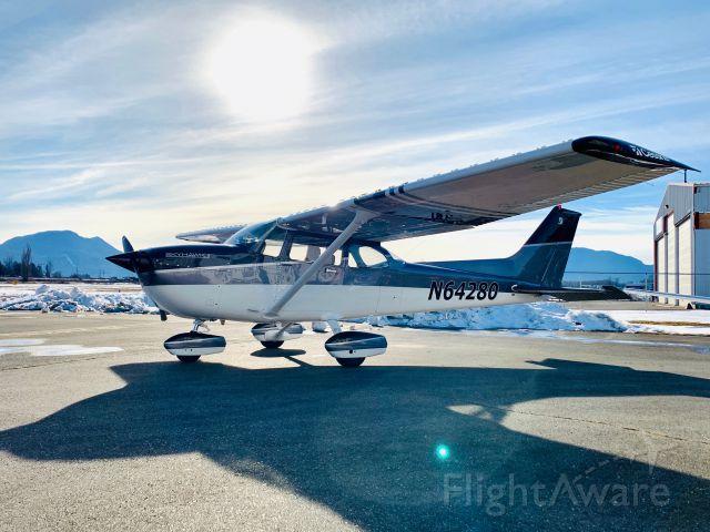 Cessna Skyhawk (N64280)