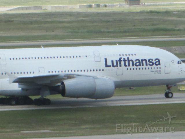 Airbus A380-800 (D-AIMC)