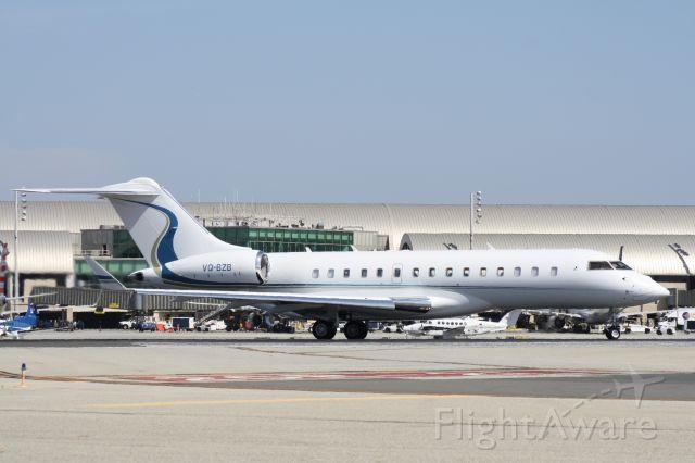 Bombardier Global Express (VQ-BZB) - Lining up to take off at John Wayne Airport, July 12 2018.