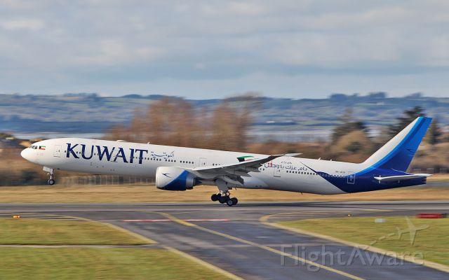 BOEING 777-300 (9K-AOH) - kuwait b777-369er 9k-aoh dep shannon for jfk 6/3/18.