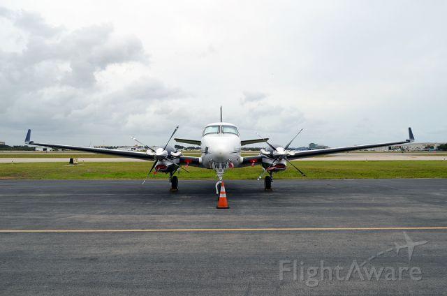 Beechcraft King Air 90 (N929P)