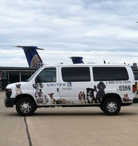 — — - Pet van at Dulles