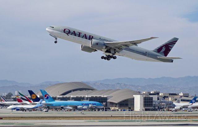 Boeing 777-200 (A7-BBH)