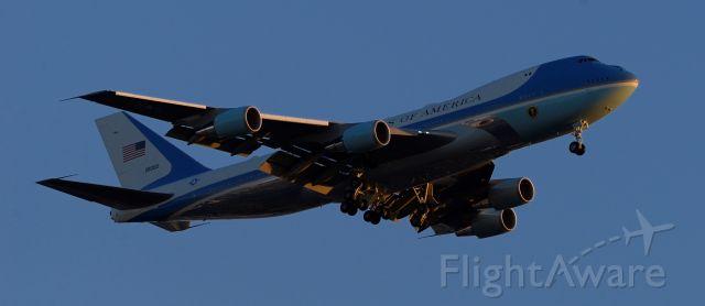 Boeing 747-200 (N28000) - Air Force One phoenix sky harbor international airport 19FEB20