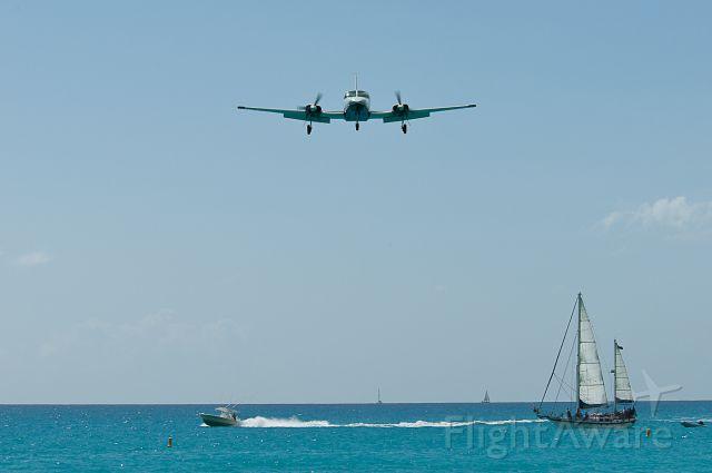 Cessna 402 (VP-AAN)