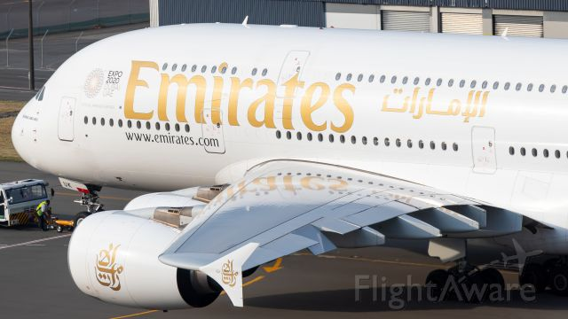 Airbus A380-800 (A6-EUK)