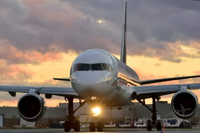 Boeing 757-200 (C-FKJA)