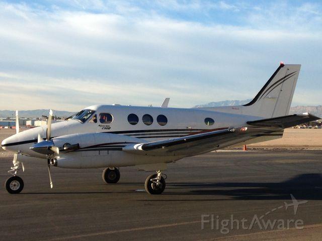 Beechcraft King Air 90 (N3262R)