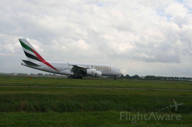 Airbus A380-800 (A6-EDW)