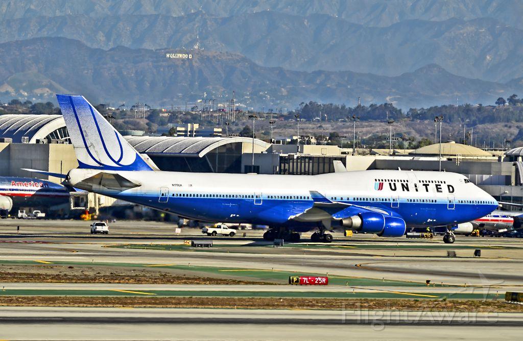 Boeing 747-400 (N179UA) - N179UA United Airlines Boeing 747-422 / 8179 (cn 25158/866)  Los Angeles - International (LAX / KLAX) USA - California, October 24, 2012 TDelCoro
