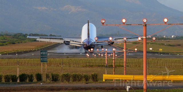 Boeing 757-200 — - Rwy 03L