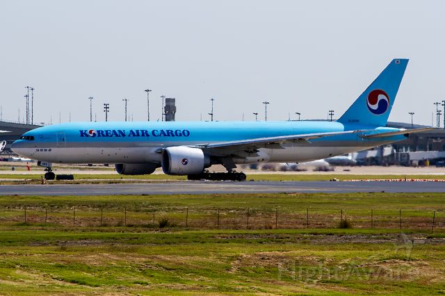 Boeing 777-200 (HL8005) - 10/10/2020