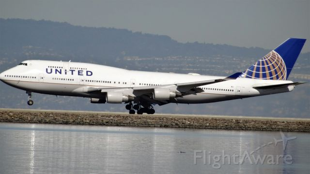 Boeing 747-400 (N120UA) - N120UA, Age: 16 Yearsbr /Boeing 747-400 (quad-jet) (H/B744/L)br /Airline: United Airlines, Engines: 4x PW4000br /06-Mar-2015 B744 Frankfurt Intl (EDDF / FRA) San Francisco Intl (KSFO) 12:31 CET 14:07 PST 10:36