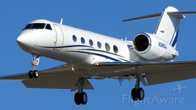 Gulfstream Aerospace Gulfstream IV (N348DJ) - 31L approach.