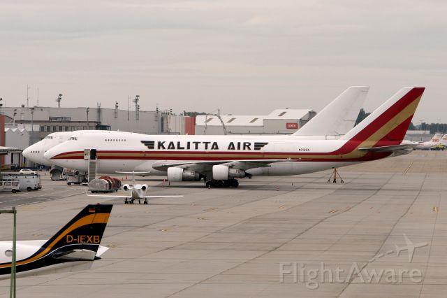 BOEING 747-100 (N712CK)