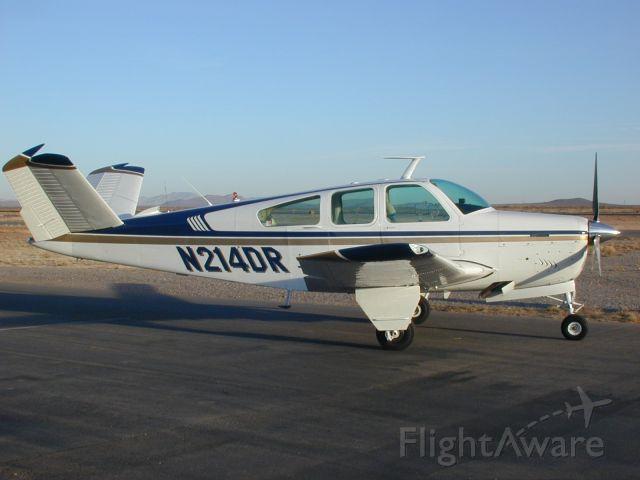 Beechcraft 35 Bonanza (N214DR)