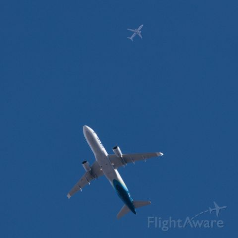 Airbus A320 (N364VA) - Other plane is N526VA. Lower plane is at 6500'. Higher plane is at 34K feet.
