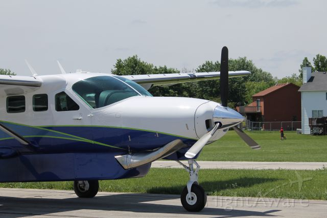 Cessna Caravan (N593EX) - Getting ready to start up and depart back to Kansas.