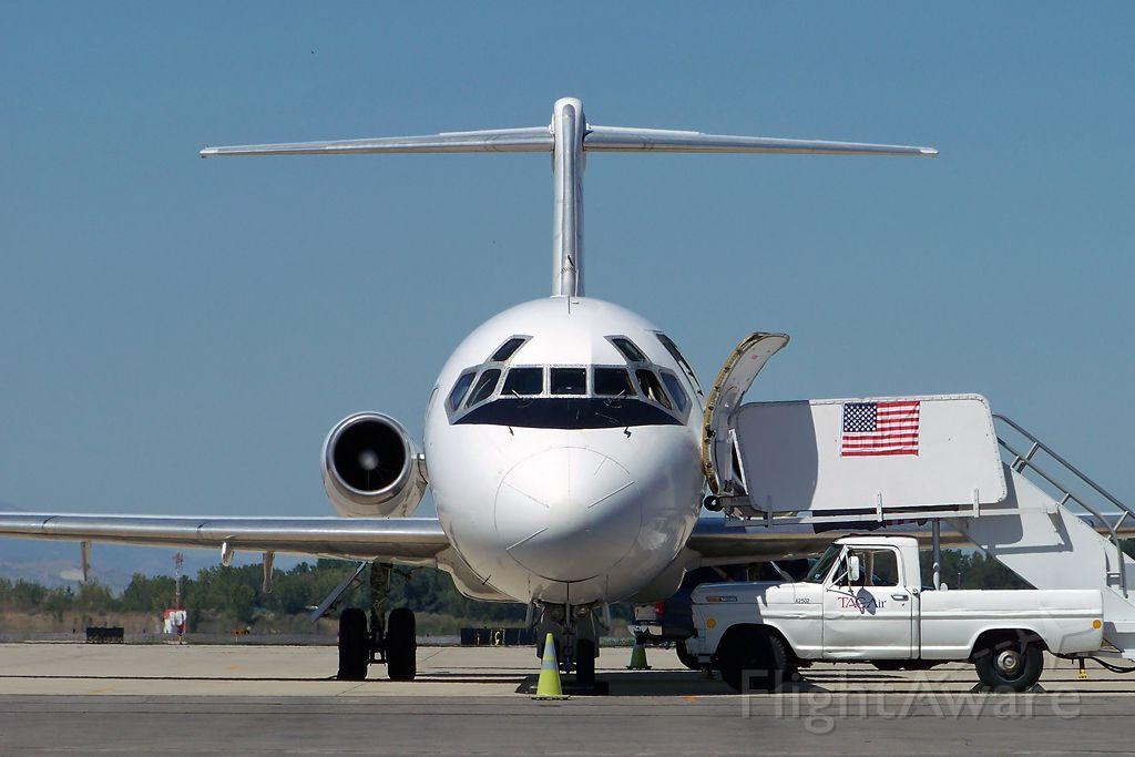 Douglas DC-9-10 (N215US) - Paul Ryan