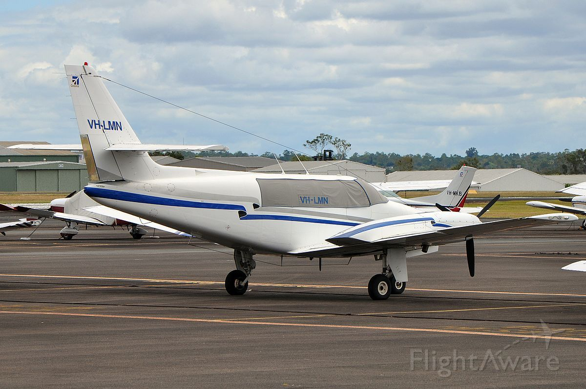Cessna T303 Crusader (VH-LMN)