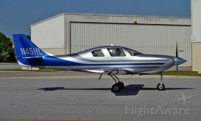 Lancair Lancair 4 (N45HL) - HENNER D/LYNCH R Lancair Lancair 4 in Spruce Creek FL.