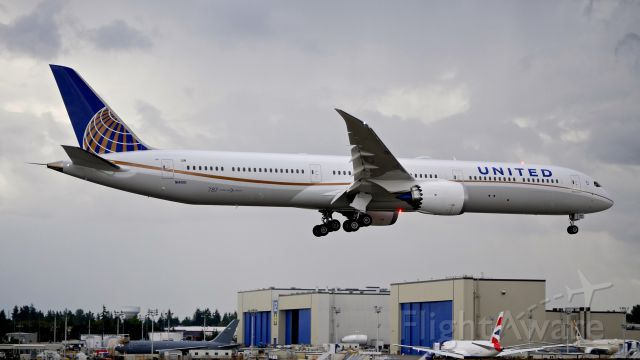 BOEING 787-10 Dreamliner (N14001) - BOE37 on final to Rwy 16R to complete a ferry flight from KCHS on 9.11.18. (ln 731 / cn 40936).