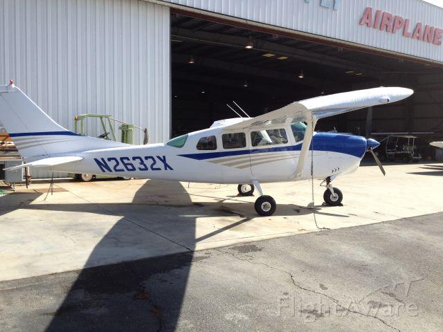 Cessna 206 Stationair (N2632X)